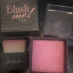 Blush me