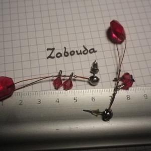 boucle d'oreilles pendantes roses