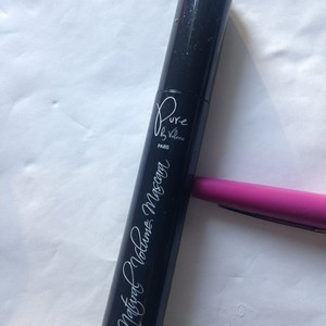 Mascara noir naturel