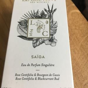 eau de parfum singuliere Saiga Le couvent des Minimes. Rose Centifolia & Bourgeon de cassis