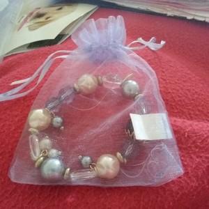 bracelets avec pochette