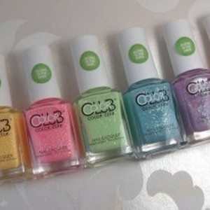 Collection color club glow in the dark