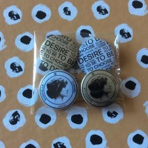 Badges Gabrielle Chanel
