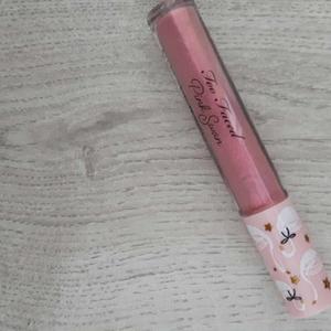 pink swan lip gloss