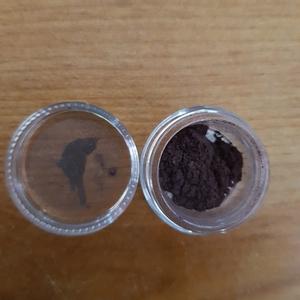 Échantillon fard à paupières