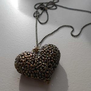 Collier bronze coeur