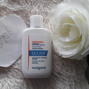 Shampooing anti chute de cheveux