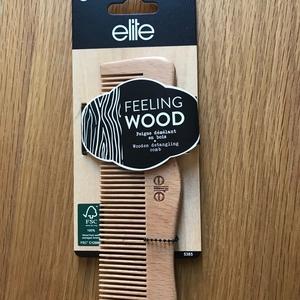 Peigne en bois neuf