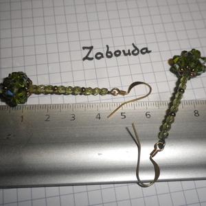 boucle d'oreilles vert clair
