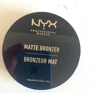 Bronzeur mat teinte claire