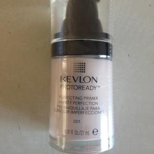 Primer Photoready Revlon teinte 001