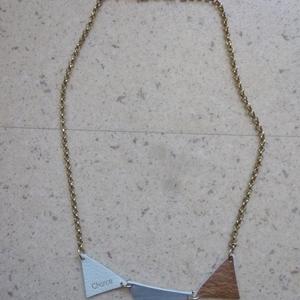 Collier morceaux de  cuir