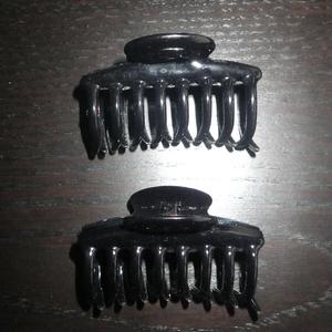 2 pinces à cheveux