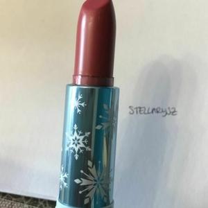 Rouge à Lèvres Colourpop x Frozen II, teinte Little Snow
