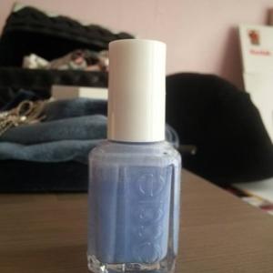 Vernis bleu/violet clair