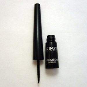 Eye liner precision
