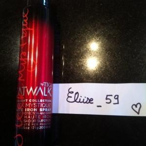 Spray protection chaleur cheveux Tigi Catwalk