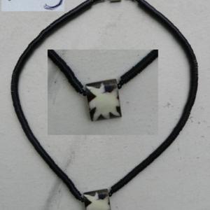 Collier artisanal africain