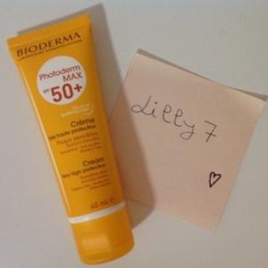 Crème solaire haute protection photoderm