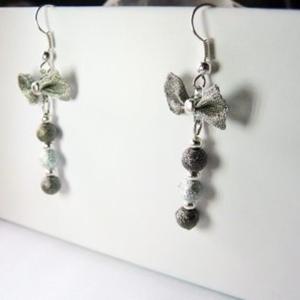 Boucles d'oreilles pendantes noeud et perles