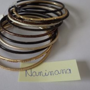 12 bracelets ronds