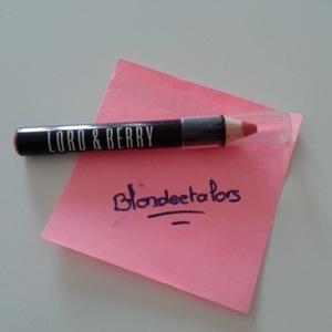 crayon lipstick matt