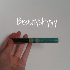 Eye liner double vert et noir Sephora.