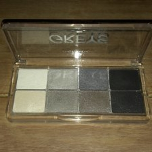 Palette 04 Greys