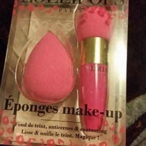 Éponges make up