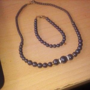 parrure collier+ bracelets +pochette noir