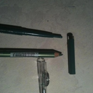 Crayon & eyeliner vert