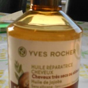 huile réparatrice cheveux très secs