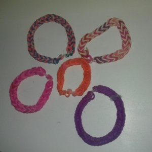 "1 lot de 5 bracelets ""faits main"""