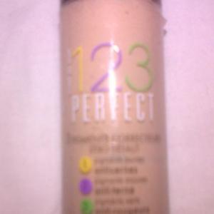 123 perfect fond de teint teinte 52 Vanille